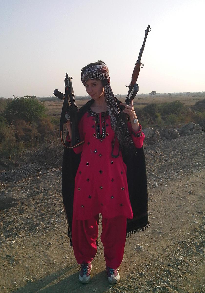 Как избежать проблем женщине, путешествующей водиночку: личный опыт корреспондентки «Ножа»