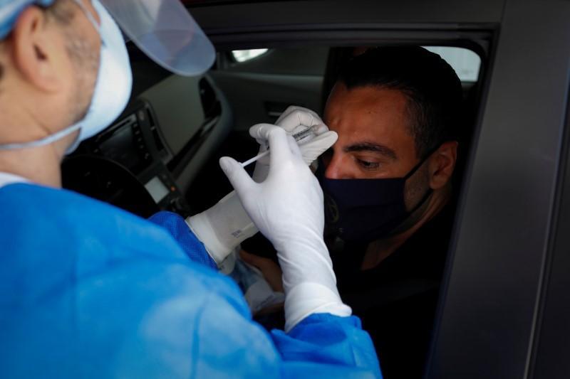 Пластический хирург из Майами запустил аналог «МакАвто»: он вкалывает ботокс клиентам в машинах