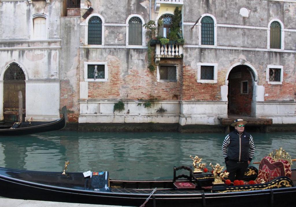 Гондольер, мечтающий вернуться жить в Венецию