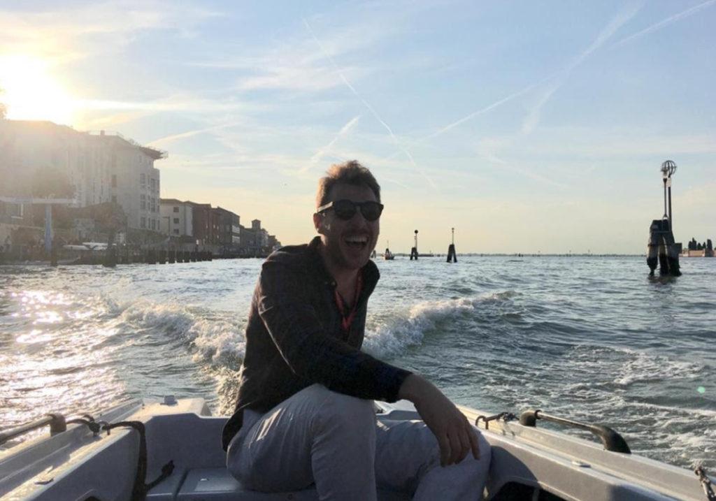 Себастьяно в своей моторной лодке, из личного архива