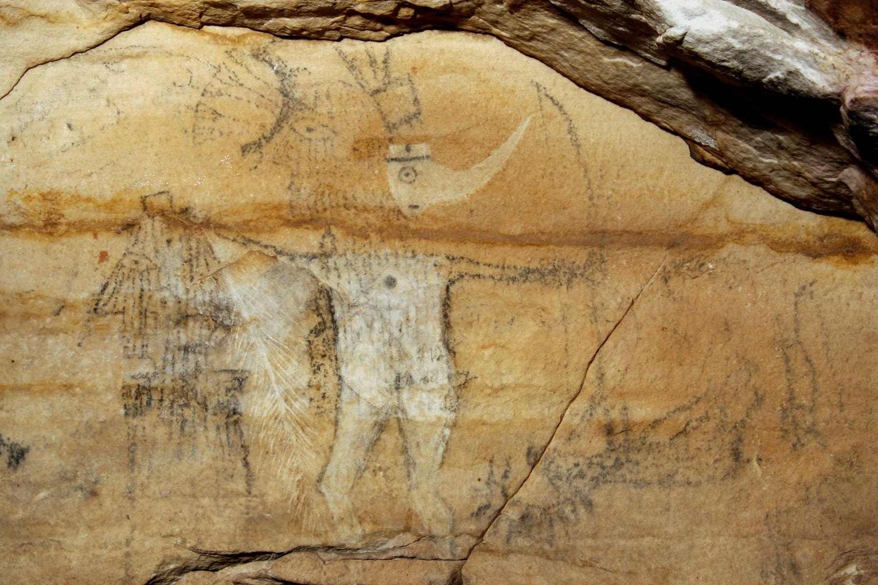 Пещеру коренных американцев, украшенную наскальными рисунками, продали на аукционе за 2,2 миллиона долларов