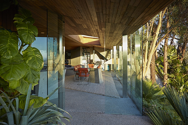 Jackie-Treehorns-House-From-The-Big-Lebowski-8