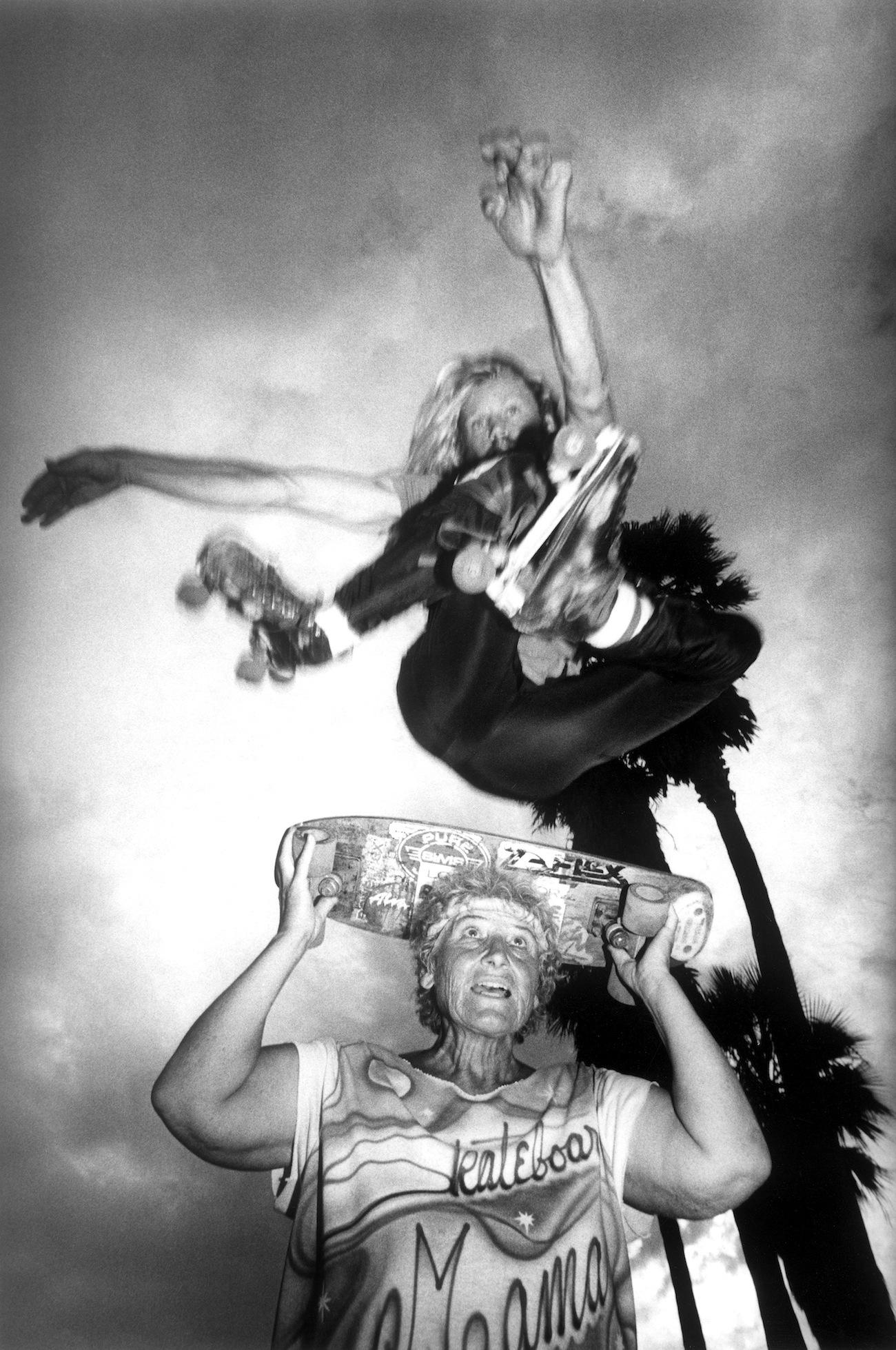 claudio-edinger-on-reuniting-with-the-venice-beach-eccentrics-he-photographed-over-30-years-ago-body-image-1470257837